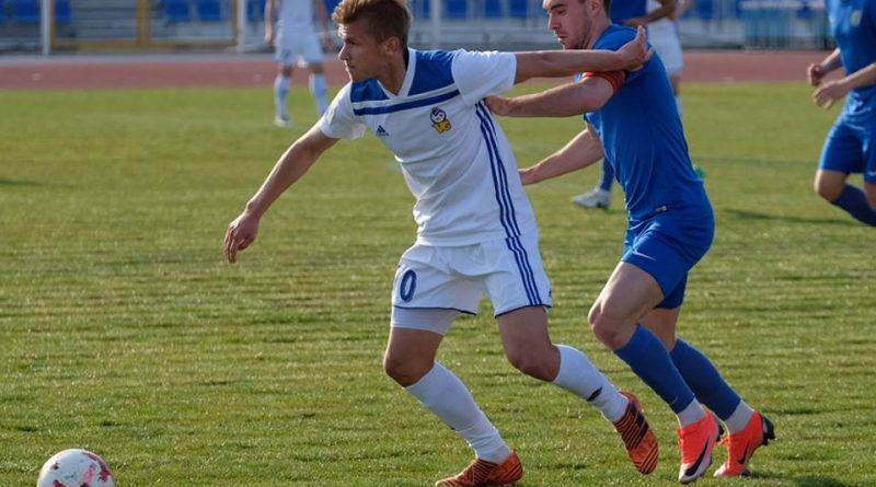 Астраханский «Волгарь» — в тройке лидеров турнирной таблицы