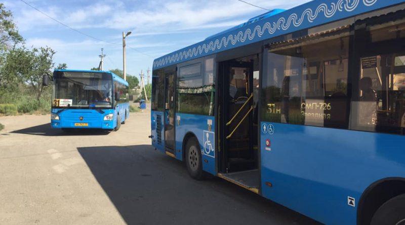 В Астрахани имеющим пропуска на время карантина могут обеспечить автобусы