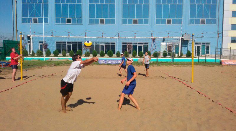Астраханцев приглашают на открытые соревнования по пляжному волейболу
