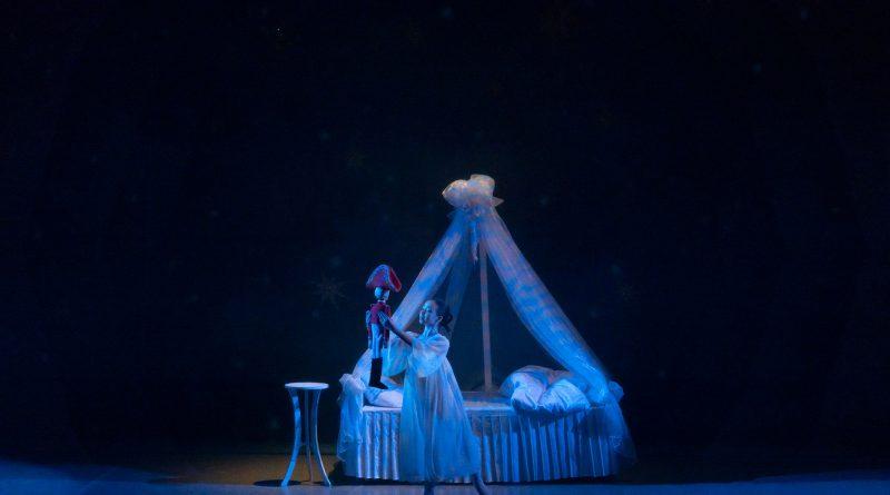 Театр оперы и балета приглашает астраханцев на просмотр балета «Щелкунчик»