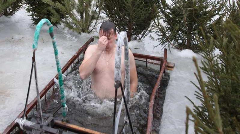 В Ахтубинске готовят место для крещенских купаний