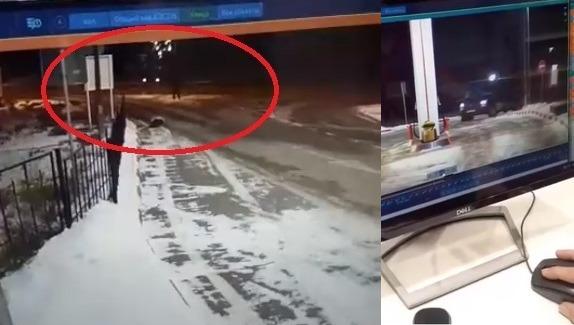 Микроавтобус уехал с автозаправки под Астраханью без водителя