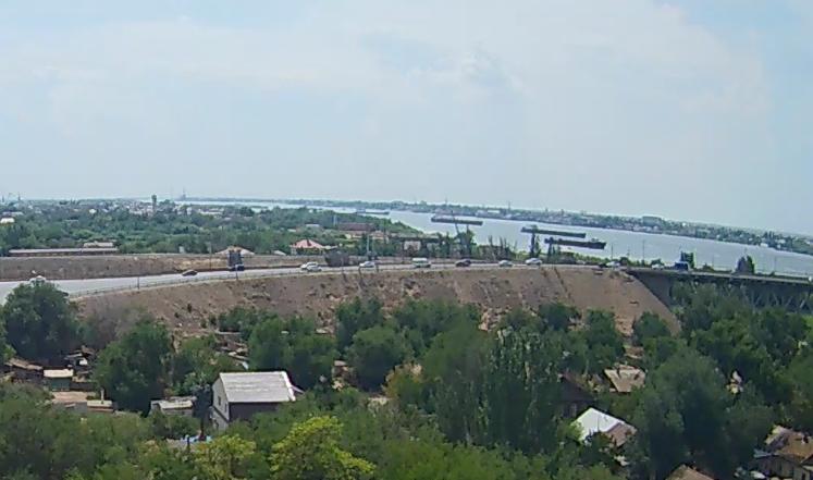 Совмещённый автожелезнодорожный мост в Астрахани будет временно разведён 24 и 26 июля