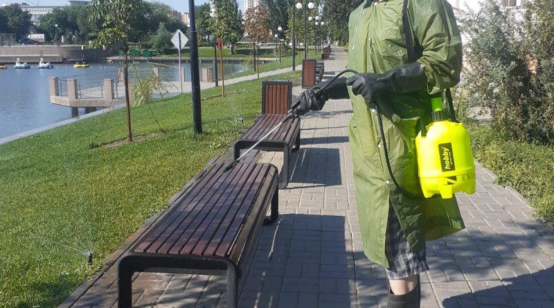 В Астрахани проводится дезинфекция улиц и мест общего пользования